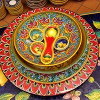 Foto scattata a Ceramiche D'arte Carmella da Richard J. il 6/29/2013