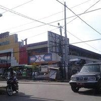 Photo taken at Pasar ACC Ampenan by Sendy K. on 11/4/2012