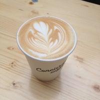 Das Foto wurde bei Concierge Coffee von Sibs J. am 2/19/2014 aufgenommen