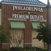 Photo taken at Philadelphia Premium Outlets by Joie M. on 10/10/2012