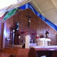 Photo taken at Parroquia Santa Beatriz de Silva by Vidal on 12/2/2012