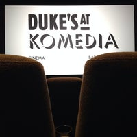 Photo prise au Duke's At Komedia par Matthew B. le11/6/2013