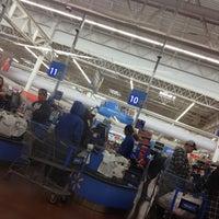 Photo taken at Walmart Supercenter by Florentino on 10/13/2012