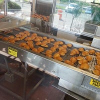 Photo taken at Krispy Kreme by Otniel A. on 12/2/2012