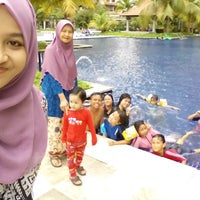 Photo taken at Swimming Pool @ Armanee Condo by Naaa Z. on 12/1/2014