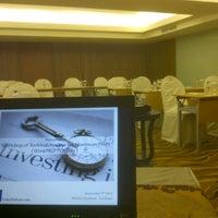Photo taken at Hotel Pullman Surabaya City Centre by Rio R. on 9/7/2013