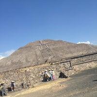 Foto tomada en San Juan Teotihuacan por Paola el 2/10/2013