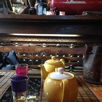 Foto tomada en Кофейня «Кардамон» и лавка «Коллекция Пустяков» por Dmitry el 4/24/2013