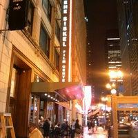 Photo prise au Gene Siskel Film Center par Kait M. le9/18/2012