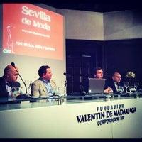 Foto tomada en Fundación Valentin de Madariaga por Sevilla d. el 11/28/2012