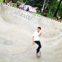 Foto tirada no(a) Greenpark Skatepark por Ahaddini M. em 6/21/2013