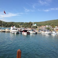 Photo taken at Doy Doy Balık by Nilgün E. on 4/28/2013
