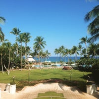 Photo taken at The Fairmont Orchid by Sarah W. on 7/22/2015