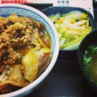 Photo taken at Yoshinoya by まーちん on 2/3/2013
