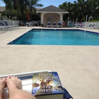 Photo taken at The Pool at Clubside South by Jane Z. on 4/9/2013