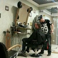4/15/2016 tarihinde Алёна Дерноваziyaretçi tarafından Goodson barbershop'de çekilen fotoğraf