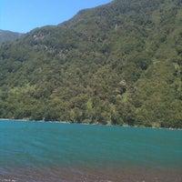 Foto tomada en Lago Todos Los Santos por Emilia el 2/5/2013