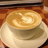 1/21/2013 tarihinde Erdinç E.ziyaretçi tarafından Starbucks'de çekilen fotoğraf