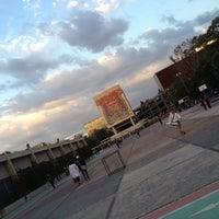 Photo taken at UNAM Facultad de Medicina by Iris Evelin on 11/15/2012