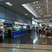 Photo taken at Noi Bai International Airport (HAN) by Tung T. on 10/21/2012