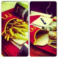 Снимок сделан в McDonald's пользователем Ksenia Z. 3/3/2013