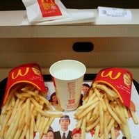 Photo taken at McDonald's by Y.Kitaoka on 2/1/2012