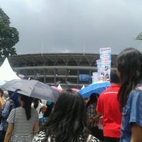 Photo taken at Kompleks Gelora Bung Karno by Iin Naila A. on 3/9/2013