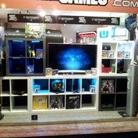 Photo prise au Storegames par Storegames .. le11/16/2013
