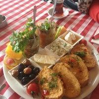 12/16/2012 tarihinde Su Haticeziyaretçi tarafından Cafe Nar'de çekilen fotoğraf
