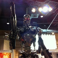 Photo taken at Terminator 2 3-D: Battle Across Time by ipung z. on 4/17/2013