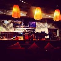 Photo taken at Wayne's Coffee by Muzaffer on 11/28/2014