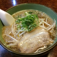 Photo taken at たからじゃらーめん諏訪店 by chai on 4/23/2016