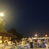 7/15/2013 tarihinde Sedaziyaretçi tarafından Pembe Köşk Restaurant'de çekilen fotoğraf