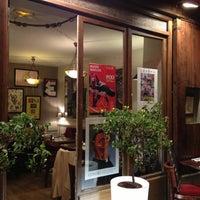 Photo prise au Restaurant Au 35 par Angelo le10/22/2012