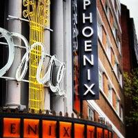 Foto tirada no(a) Phoenix Theatre por tlr em 5/11/2013