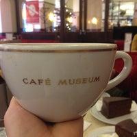 Das Foto wurde bei Café Museum von Ekaterina D. am 12/26/2013 aufgenommen