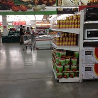 Photo taken at Makro Cash and Carry by Narisapol N. on 10/21/2012