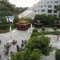Foto tomada en Turquoise Restaurant por Ferda el 12/9/2012