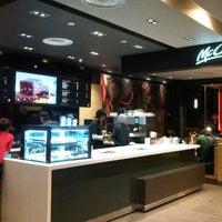Photo taken at McDonald's / McCafé by Nisandra H. on 3/5/2013