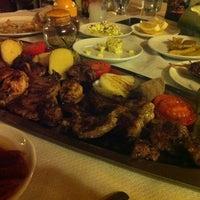12/29/2012 tarihinde Brc 🌟✨👑ziyaretçi tarafından Halil'in Yeri Burak Restaurant'de çekilen fotoğraf