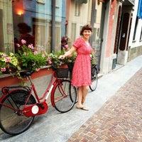 Photo taken at Mamma Ciccia by Svetlana F. on 7/14/2014
