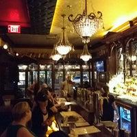 Das Foto wurde bei Rí Rá Irish Pub von Edson C. am 8/8/2016 aufgenommen