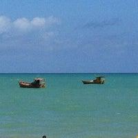 รูปภาพถ่ายที่ Praia de Guaxuma โดย Vanessa เมื่อ 11/11/2012