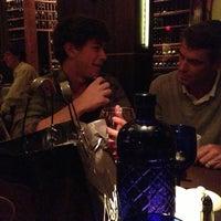 Foto scattata a Perry's Steakhouse da Bryce il 4/27/2013