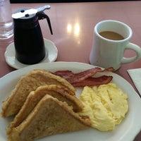 Photo taken at Little Corner Restaurant by Tom M. on 9/22/2014