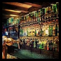 Das Foto wurde bei Molly Malone's Irish Pub von Anton G. am 4/27/2013 aufgenommen