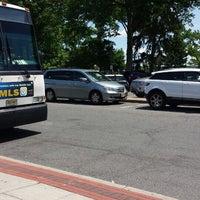 รูปภาพถ่ายที่ Van Neste Square โดย Eric P. เมื่อ 6/7/2014