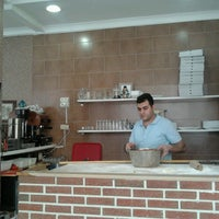 Photo taken at Pizzeria Lezzet Pide Salonu by Ilse D. on 5/25/2013