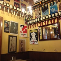 Foto tomada en Bar Bodega Quimet por Silvia C. el 10/6/2012