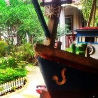 Photo taken at Koh Larn Thai House by GOOGAN I. on 1/29/2013